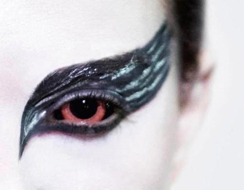 ojos de cisne negro