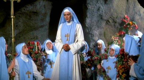 Sor Maria y la congregacion