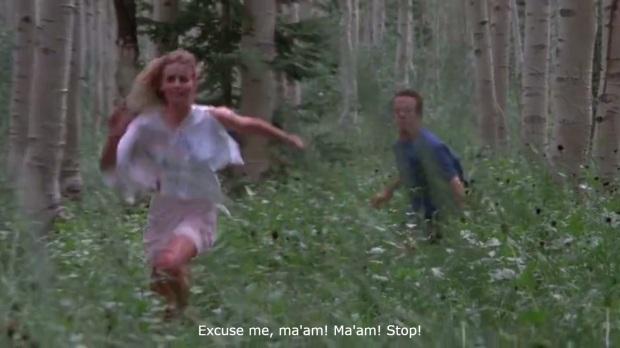 lo primero que un hombre hace al ver una mujer corriendo despavorida es correr detras de ella.jpg